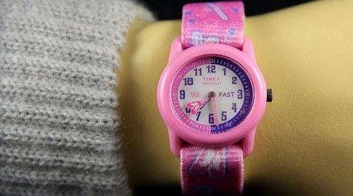 Топ-3 годинника для маленьких принцес a01139460edc5
